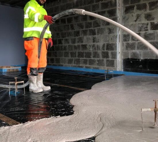 anhydrite flowing screed installation