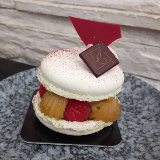 Macaron Framboise Pistache
