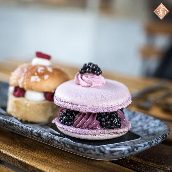 Macaron mûre violette