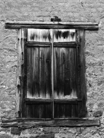 Rustikales Fenster in Neuleiningen