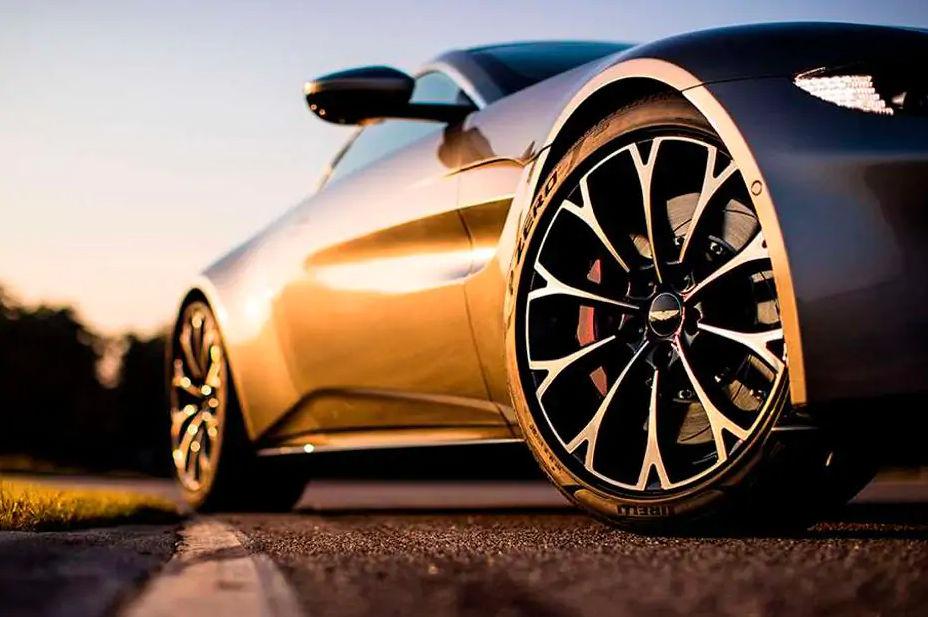 Aston Martin Vantage Photos Interior Exterior Photos 360 View Videos 91wheels