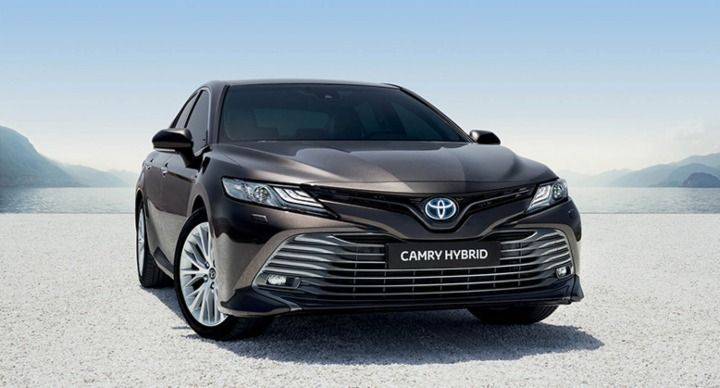 toyota camry bs6 price in india