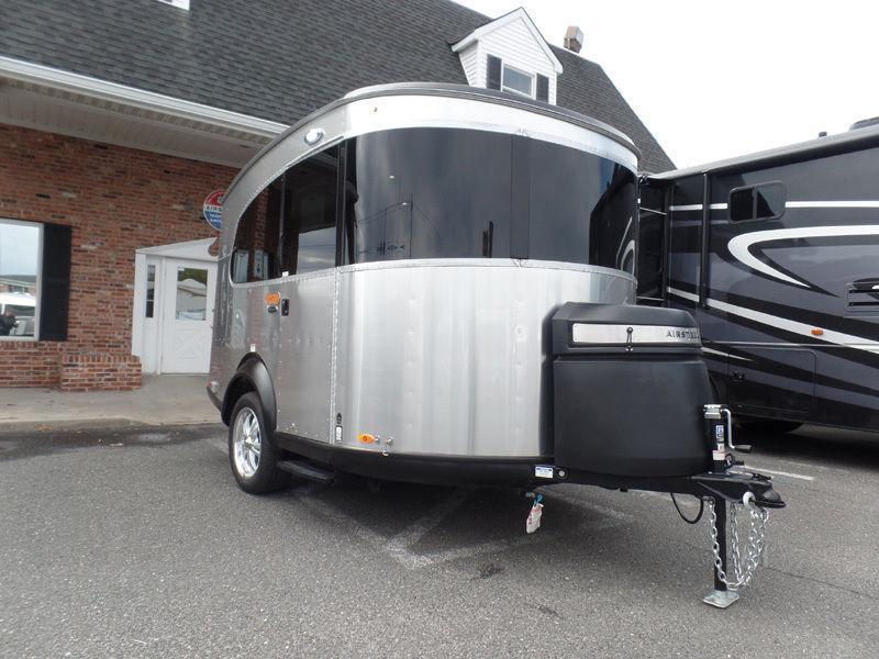 Pocket home 2017 Airstream Base Camp camper