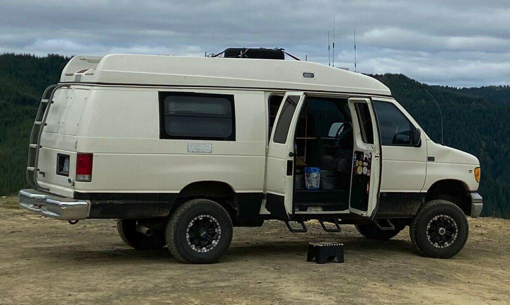1997 Ford E-350 Van 4×4 Quigley camper [custom conversion]