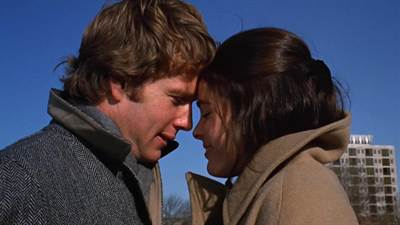Ali MacGraw and Ryan O'Neal to Receive Walk of Fame Stars in Double Ceremony
