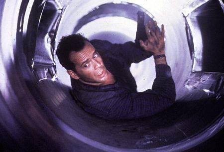 Die Hard 2: Die Harder © 20th Century Studios. All Rights Reserved.