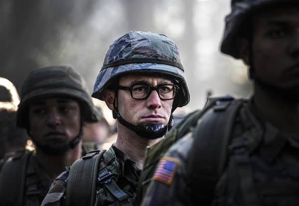 Snowden © Open Road Films. All Rights Reserved.