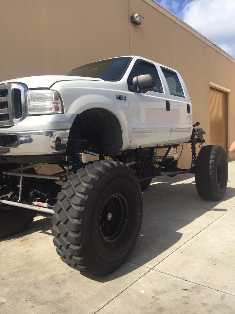 2001 Ford F-250 Lariat Monster Mud Truck