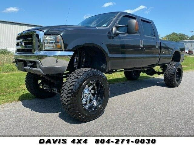 2003 Ford F-250 Super Duty Crew Cab Long Bed Lifted Pickup