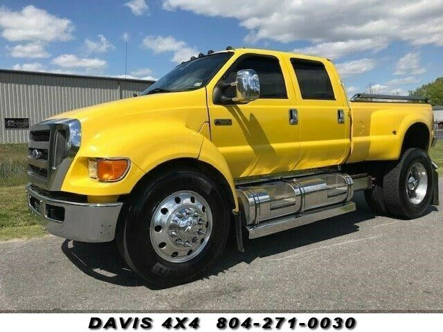 2007 Ford Pickups Super Truck Crew Cab Dually Diesel Pickup