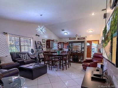 Elfyer - CORAL GABLES, FL,  House - For Sale