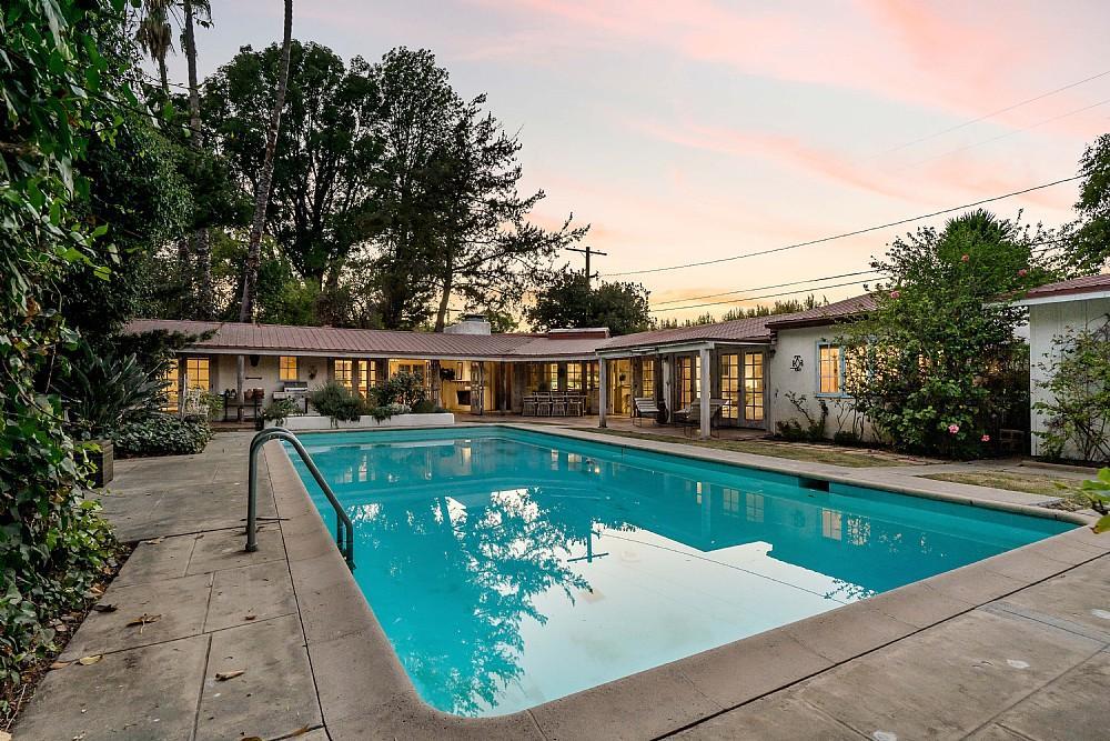 Elfyer - Studio City,  House - For Sale
