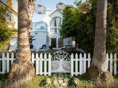 Elfyer - Venice, CA House - For Sale
