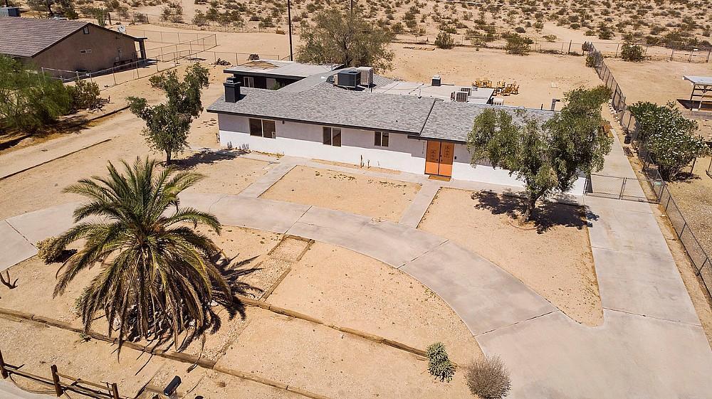 Elfyer - 29 Palms, CA House - For Sale