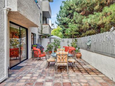 Elfyer - Los Angeles,  House - For Sale