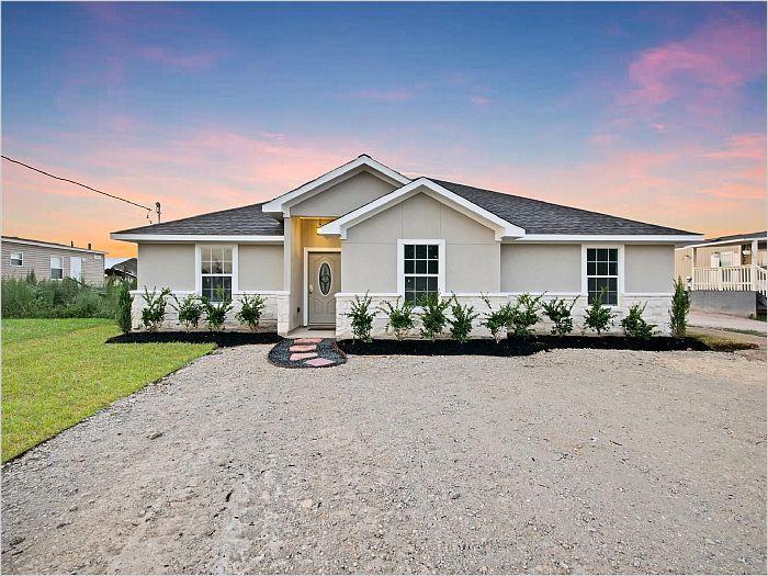 Elfyer - Cleveland, TX House - For Sale