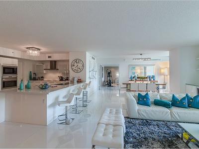Elfyer - Sunny Isles Beach, FL House - For Sale
