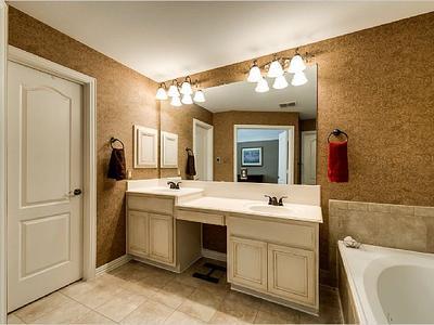 Elfyer - Addison, TX House - For Sale