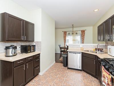 Elfyer - Streamwood, IL House - For Sale