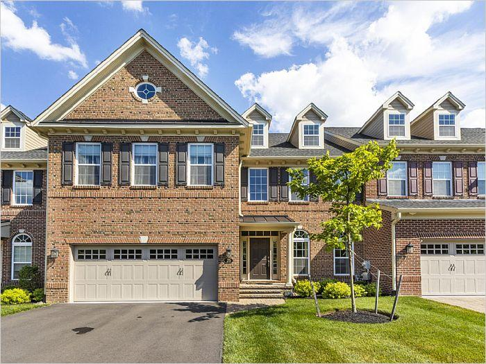 Elfyer - Newtown, PA House - For Sale