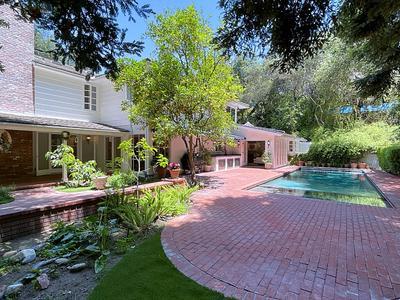 Elfyer - La Canada Flintridge, CA House - For Sale