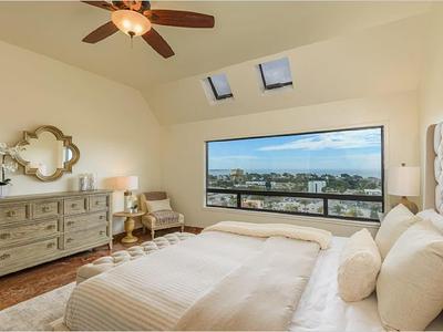 Elfyer - Ventura, CA House - For Sale