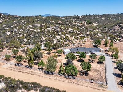 Elfyer - Aguanga, CA House - For Sale