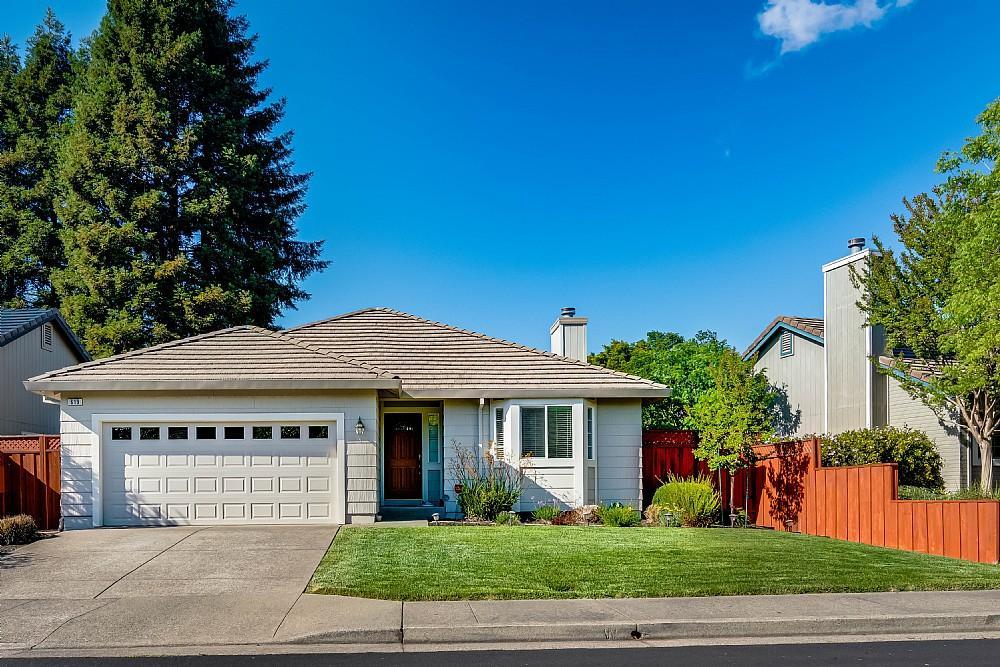 Elfyer - Windsor, CA House - For Sale