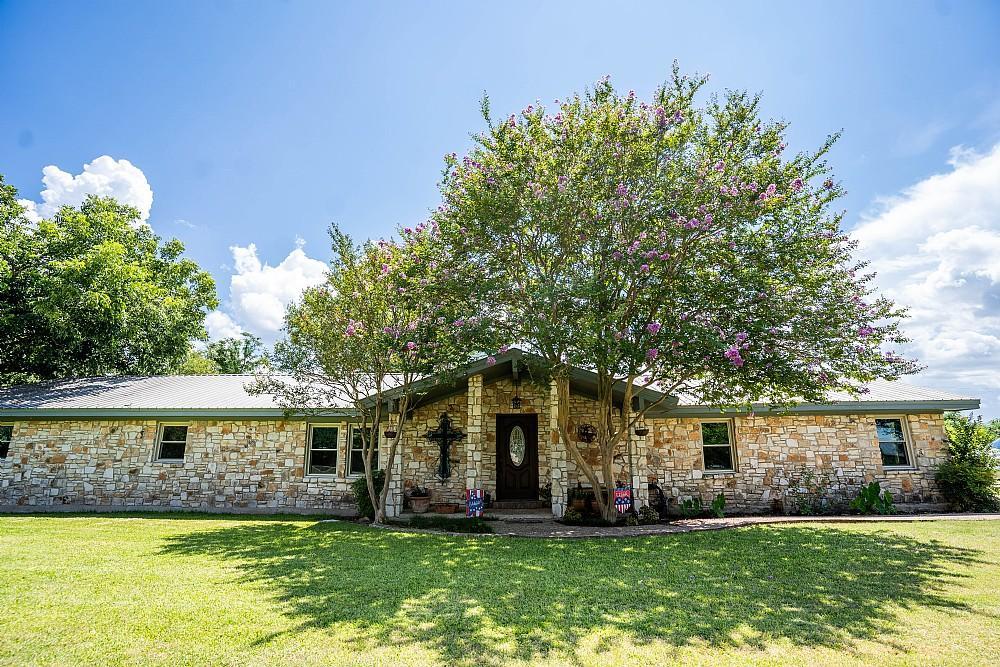 Elfyer - Webberville, TX House - For Sale