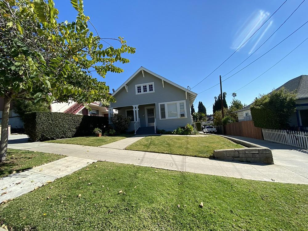Elfyer - Silverlake, CA House - For Sale