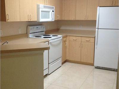 Elfyer - North Lauderdale, FL House - For Sale
