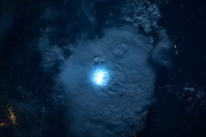 Villámok a világűrbőll nézve, az ISS egyik felvételén Forrás: ESA/NASA - ClimeNews