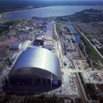 Helyére tolták a csernobili óriásszarkofágot