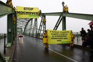 Esztergom_Greenpeace_2009