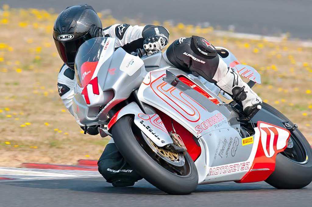 MotoGP pilótákkal és villanymotorokkal indítanak versenysorozatot