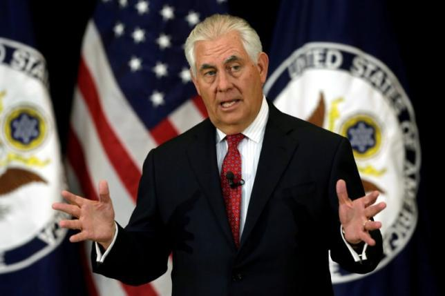 FILE PHOTO: U.S. Secretary of State Rex Tillerson delivers remarks to the employees at the State Department in Washington, U.S., May 3, 2017. REUTERS/Yuri Gripas/File Photo