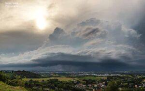 Szupercella - Zalaegerszeg felett - A klímamegbolondulás kora - ClimeNews