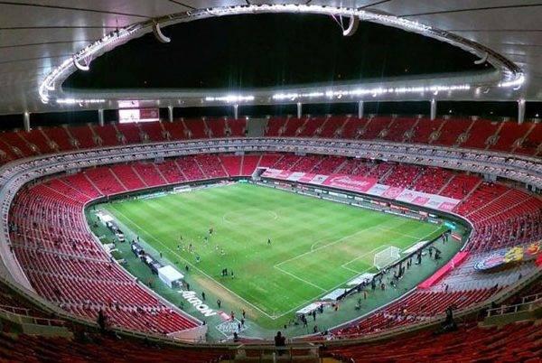Estadios de GDL recibirán a más de 10 mil personas