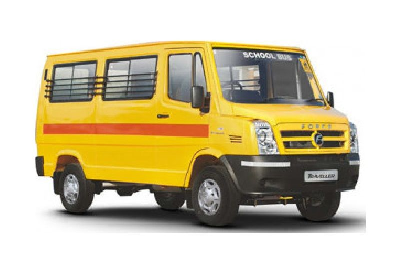 Force Traveller School 3050: 13 / 16 Seater BS6