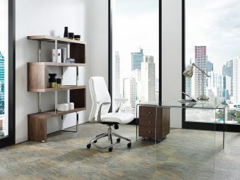 RIO Office Desk in Clear Glass with Walnut Veneer Movable Drawers
