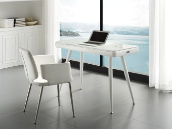 CITY Office Desk in High Gloss White Lacquer with Smart White Glass Top