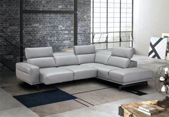 Davenport Light Grey Sectional in Right Facing