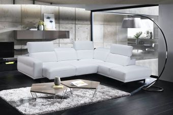 Davenport Snow White Sectional in Right Facing