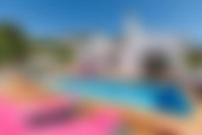 Santa Belgica Casa di vacanze aggradevole a Altea, sulla Costa Blanca, in Spagna  con piscina privata per 6 persone...