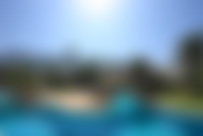 CHALET SAN VICENTE II Apartamento rústico y confortable en Denia, en la Costa Blanca, España  con piscina comunitaria para 4 personas...