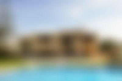 Jasmin 8 pax Groot en comfortabel vakantiehuis  met privé zwembad in Javea, aan de Costa Blanca, Spanje voor 8 personen...