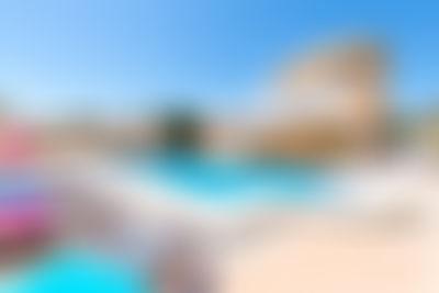 Alfaz Family Sky Klassiek en comfortabel vakantiehuis in Alfaz Del Pi, aan de Costa Blanca, Spanje  met privé zwembad voor 9 personen...