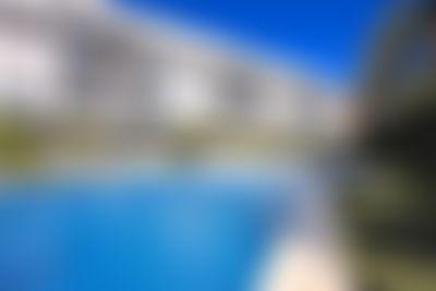 FABULOSO ATICO DUPLEX MARINA RASET PORT DENIA Vivienda de vacaciones moderna y de lujo  con piscina comunitaria en Denia, en la Costa Blanca, España para 4 personas...