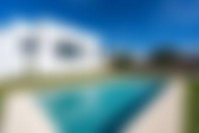 Adzavara 6 pax Villa moderna y confortable en Javea, en la Costa Blanca, España  con piscina privada para 6 personas...