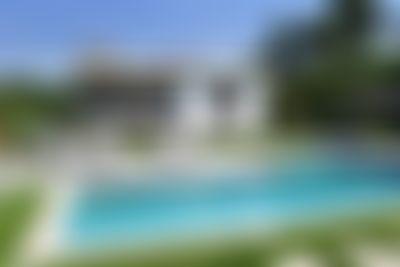 Mougins Prachtige en  luxe villa  met verwarmd zwembad in Mougins, aan de Cote d'Azur, Frankrijk voor 12 personen...